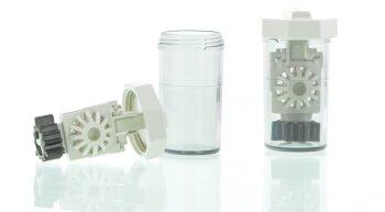 Kontaktlinsen Aufbewahrungsbehälter stehend mit Katalysator